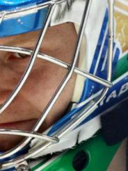 Вратарь «Салавата» установил рекорд КХЛ по отражённым броскам за матч