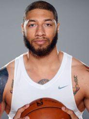 Экс-игрок НБА хочет начать карьеру в ММА